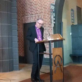 Virtembergas zemes bīskaps Dr. Frank Otfried July.